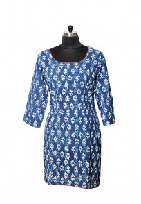 Jullaaha Women Blue Cotton Length Kurti