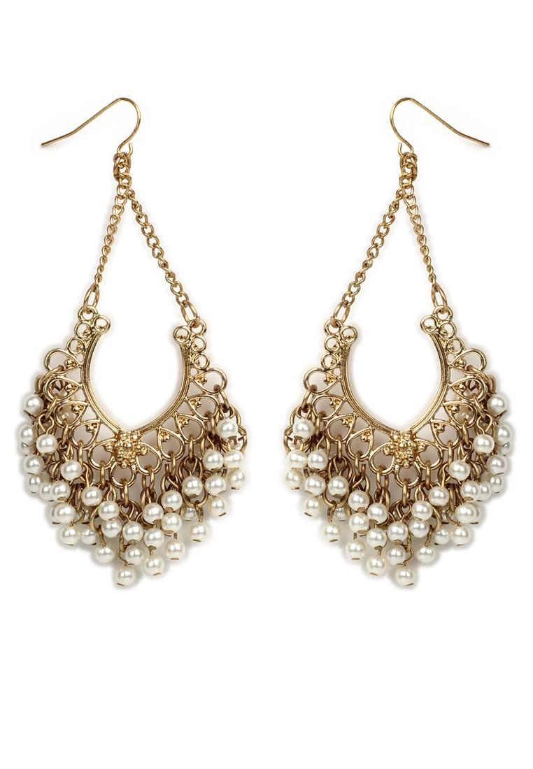 pari-gold-white-pearl-earrings