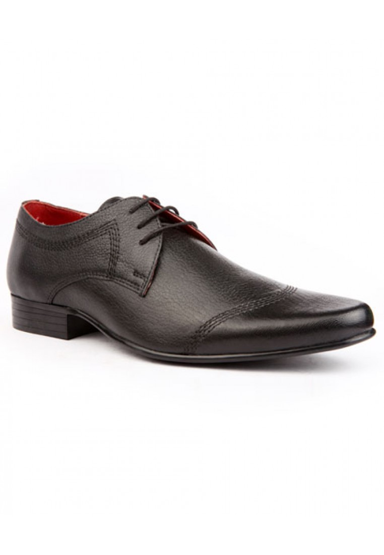 Red-Tape-Men-Black-Leather-Formal-Shoes